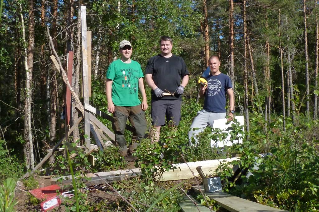Hele dugnadsgjengen. Fra venstre Øyvind, Alexander og Magnus.