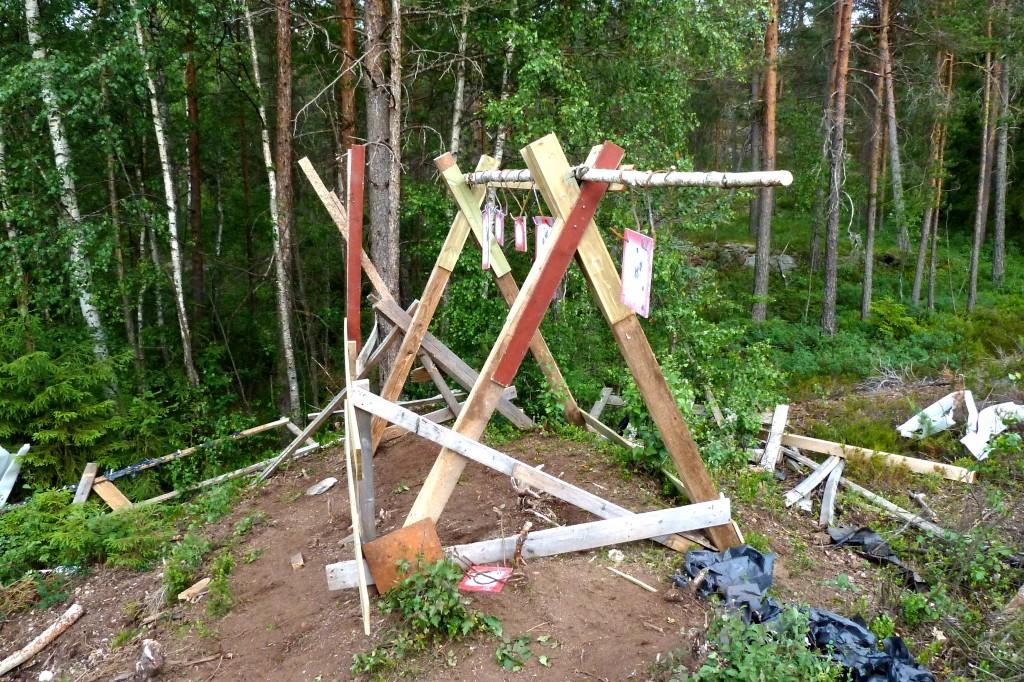 Og slik ble det. To separate stativer, med gongene en meter bak skivene. De slipper man sprut fra gongene.